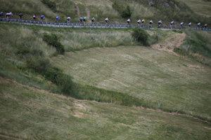 Cyklistov čaká najdlhšia etapa na Tour de France 2017.