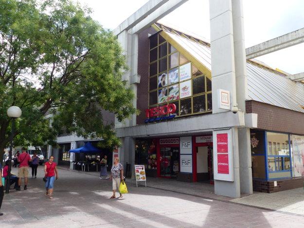 Dnešná podoba prešovského Tesca v centre mesta.