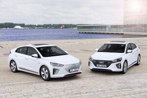 Hyundai Ioniq Electric a Hybrid