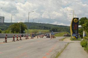 Legendárny semafor už zmizol. Z Prešova sa na diaľnicu vychádza po novom.