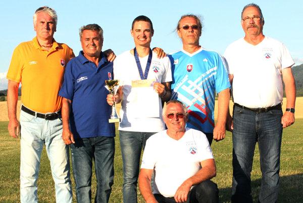 Litteam čakali na majstrovstvách Európy v Martine náročné poveternostné podmienky.
