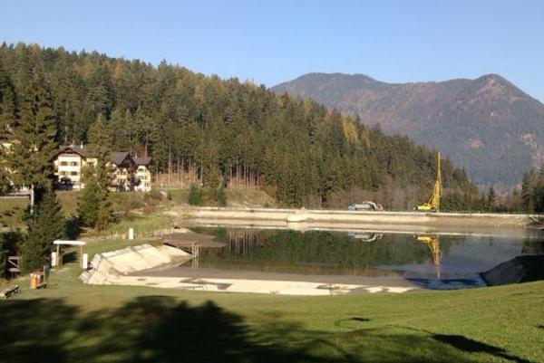 Pohľad na Vodnú nádrž Hrabovo. FOTO: (STAN)