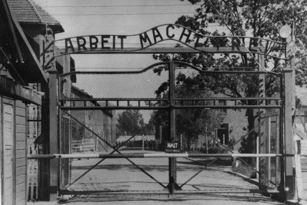 Nacistický koncentračný tábor Auschwitz-Birkenau.