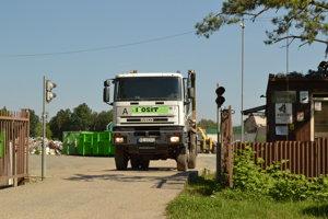 Prekládková stanica odpadov na Cemjate v Prešove.