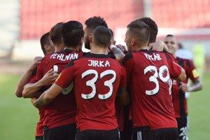 Spartak môže nováčikovi pripraviť prvú prehru v novej sezóne.