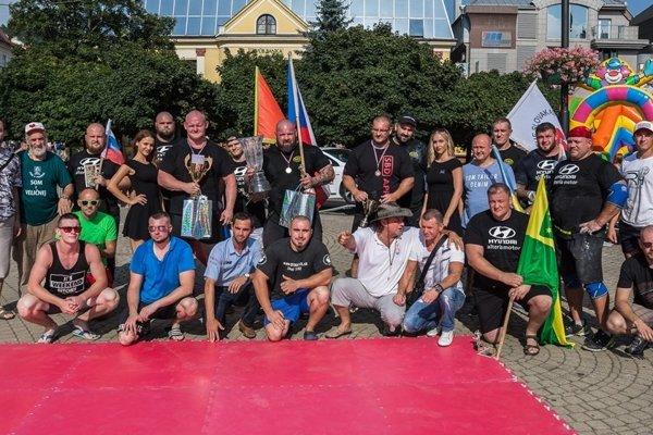 Účastníci Pohára Slovanov v Žiline.