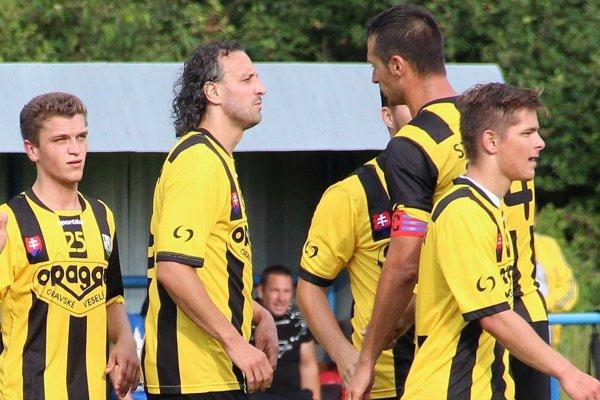 Hráči Oravského Veselého si nesplnili ďalší futbalový sen.