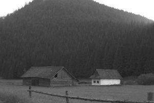 Chamkova stodola v minulosti, ešte s poľnohospodárskou stavbou.