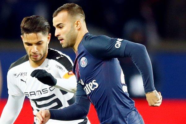 Jesé Rodriguez v modrom drese PSG.