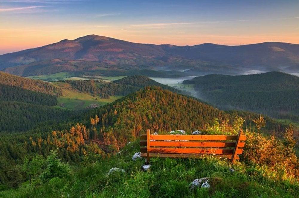 Na vrchole Borovniaku. Nádherný pohľad na Kráľovu hoľu.