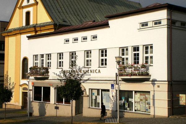 Knižnica v Bardejove.