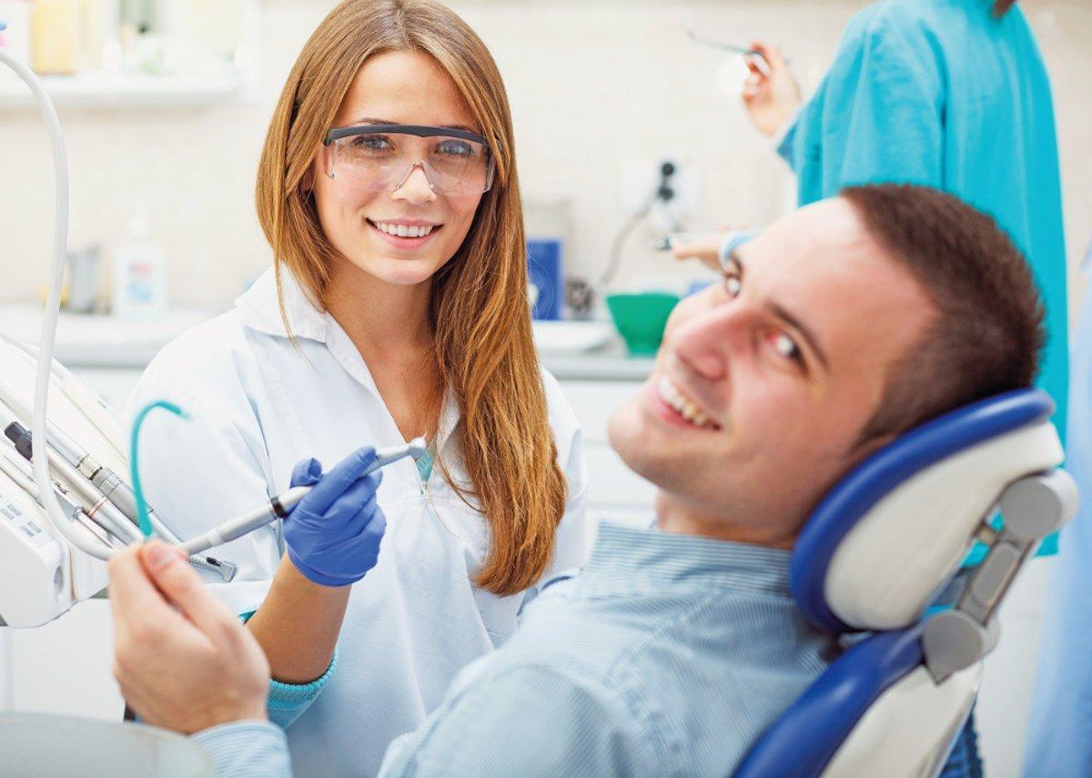 O jeden zub menej: Čo robiť, keď vám musia vytrhnúť zub? - Žena SME