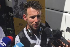Mark Cavendish odpovedá na otázky novinárov po odstúpení z Tour de France 2017.
