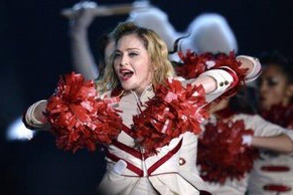 Madonna na koncerte vo Švajčiarsku.