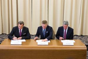 Lídri podpísali dodatok ku Koaličnej zmluve.