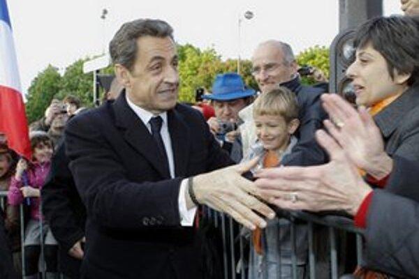 Nicolas Sarkozy počas kampane.
