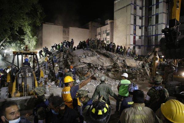 Mexiko zasiahlo ďalšie silné zemetrasenie