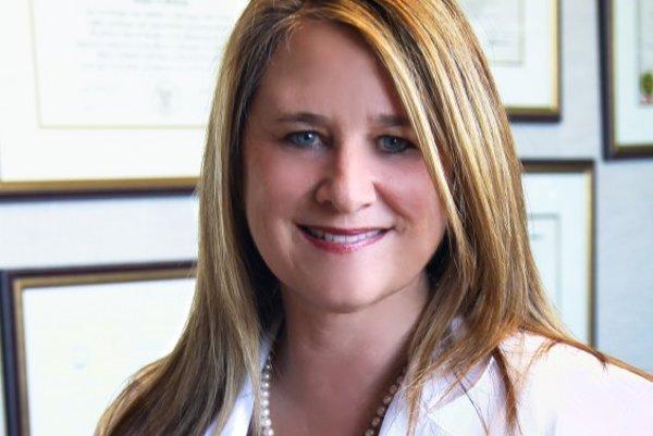 Dr. Sherry alias Sheryl Ross.