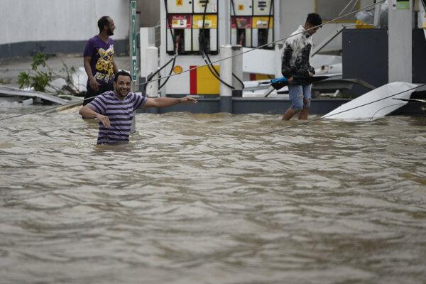 V Portoriku zlyháva po hurikáne Maria priehrada Guajataca, ľudí evakuujú