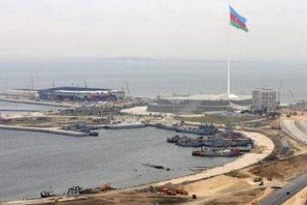 Výstavba Crystal Hall v Baku.