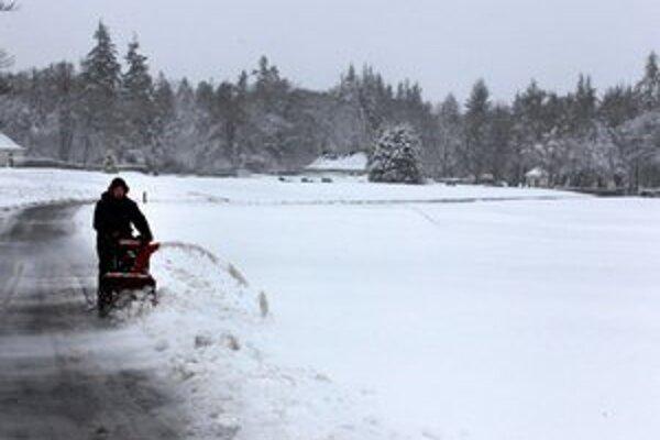 Čerstvý sneh v škótskom Gleneagles.