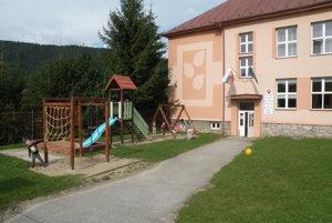 Škôlka vo Valaskej Dubovej.