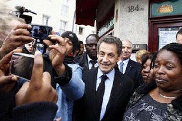 Téma terorizmu pomáha Sarkozymu v predvolebnej kampani.