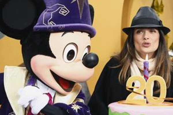 Dvadsiatku prišla do Disneylandu osláviť aj herečka Salma Hayek.