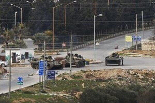 Vládne tanky v meste Idlib.