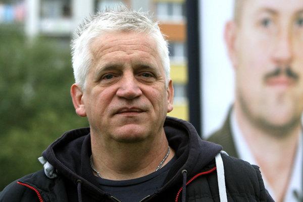 Reportér Daniel Vražda
