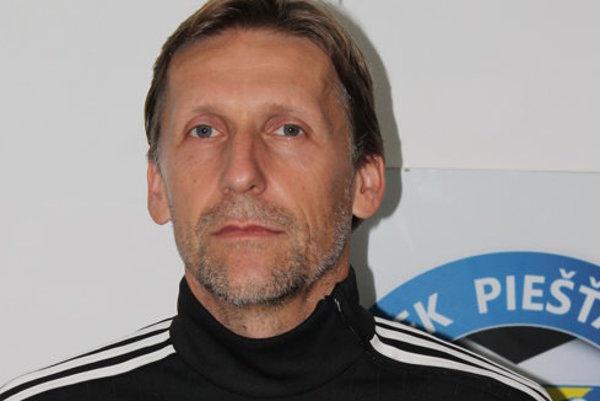 Peter Vrábel dostal červenú kartu po 20 rokoch.