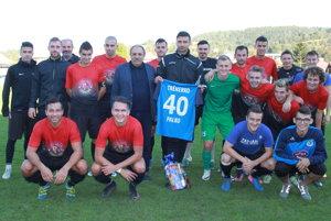 Tréner Pavol Staňo s kolektívom MŠK Tatran Krásno nad Kysucou.