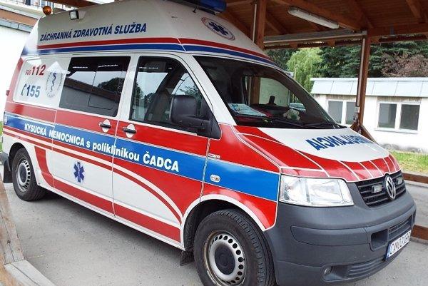 Záchranka chlapca previezla do nemocnice na odborné vyšetrenia.