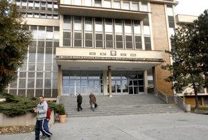 Kandidáti na župana sa stretajú aj na košickom súde.