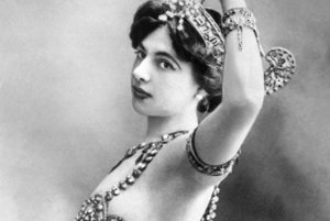 Mata Hari, vlastným menom Margaretha Geertruida MacLeod.