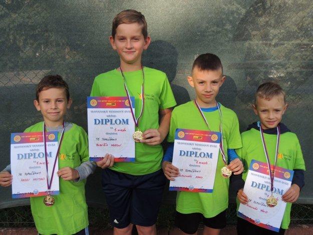 Chlapci (zľava): Mateo Massi , Martin Bobošík, Adam Slaninák, Dávid Slaninák.