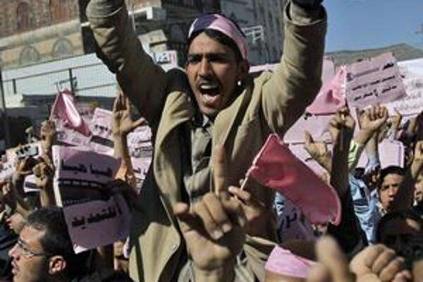 Deň hnevu bude po Jemene dnes aj v Sýrii.