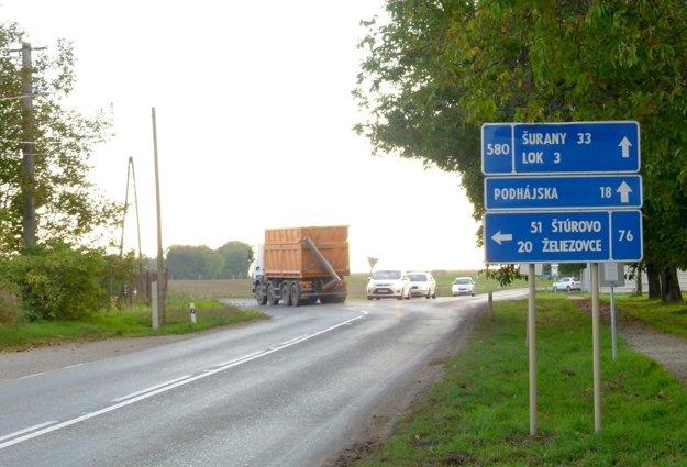 Križovatka na konci dediny.