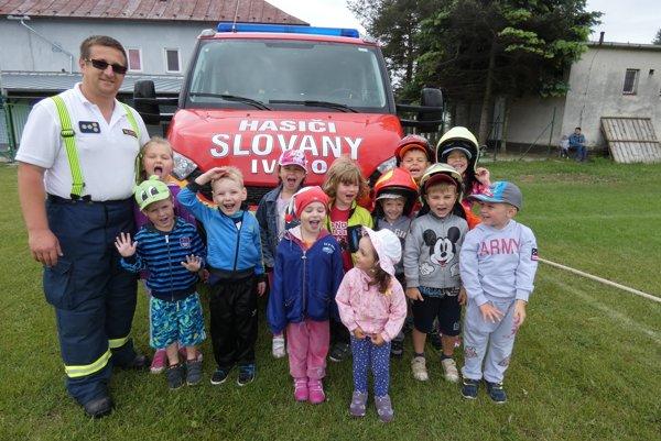 Marek Straka je aj veliteľom dobrovoľného hasičského zboru.