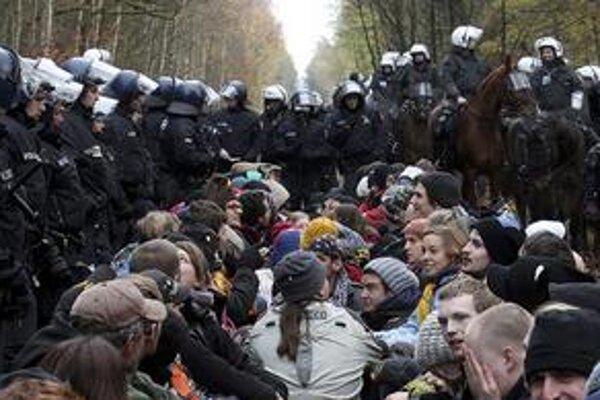 Aktivisti na trati.