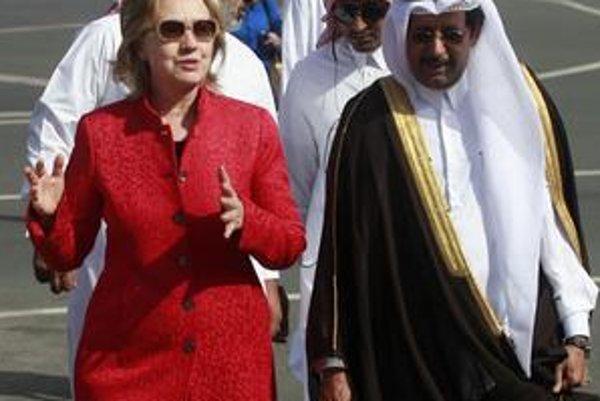 Hillary Clintonová prišla v nedeľu do Kataru.