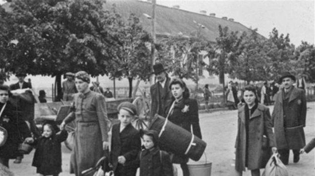 Transporty zo Slovenska. V jednom z nich skončila aj rodina Sternovcov z Košíc.