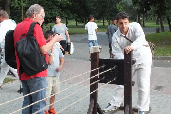 Dokumentácia je dôležitá. Na veľkej časti rekordov sa Igor Svítok zúčastňuje sám.