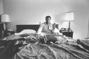 B.B.King sediaci v posteli, 1968. S dovolením Rakúskej národnej knižnice.