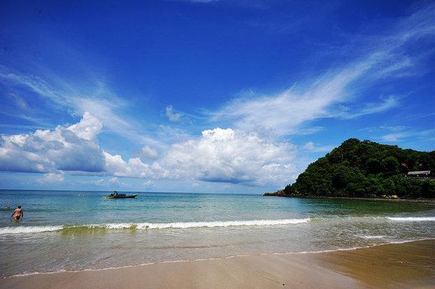 V Thajskom Krabi je teplota mora celoročne príjemná na kúpanie.