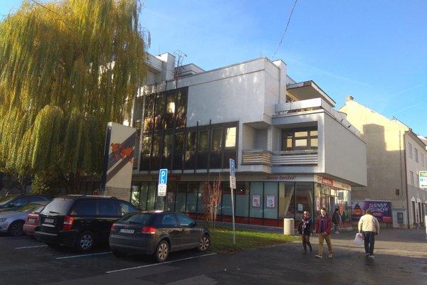 Budova Tatraskla.