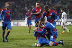 Futbalisti Plzne sa v Európskej lige tešili z postupu.