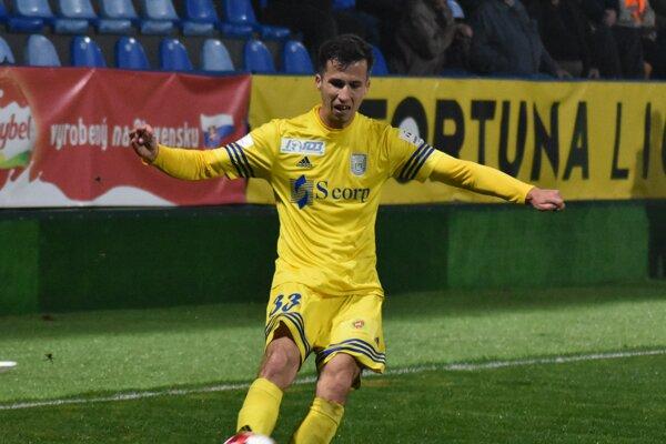 Dnes bude chýbať. Martin Kolesár dostal vsobotu červenú kartu.