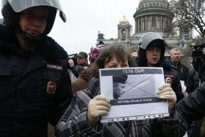 Sankt Peterburg - protest proti ruskej invázii.