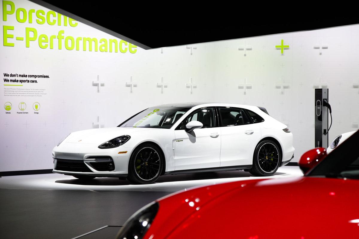 13f75c26c Porsche rozmýšľa o novom závode. Vyrásť by mohol pri Piešťanoch ...